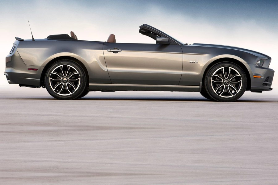 2013 mustang gt specs 2014 ford mustang concept car 2009 ford mustang. Black Bedroom Furniture Sets. Home Design Ideas