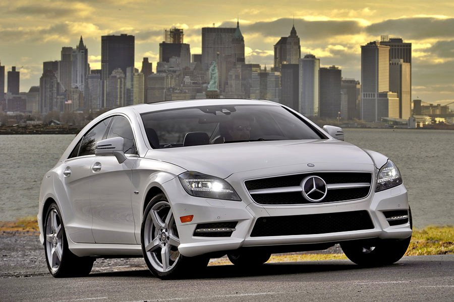 2012 mercedes benz cls550 review specs pictures price for Mercedes benz cls550 price