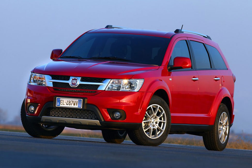 2012 fiat freemont awd review specs pictures price. Black Bedroom Furniture Sets. Home Design Ideas