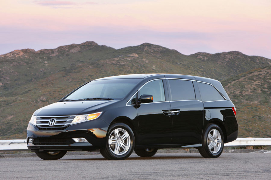Most Fuel Efficient Vans/Minivans - 10 Best Gas Mileage Van of 2012