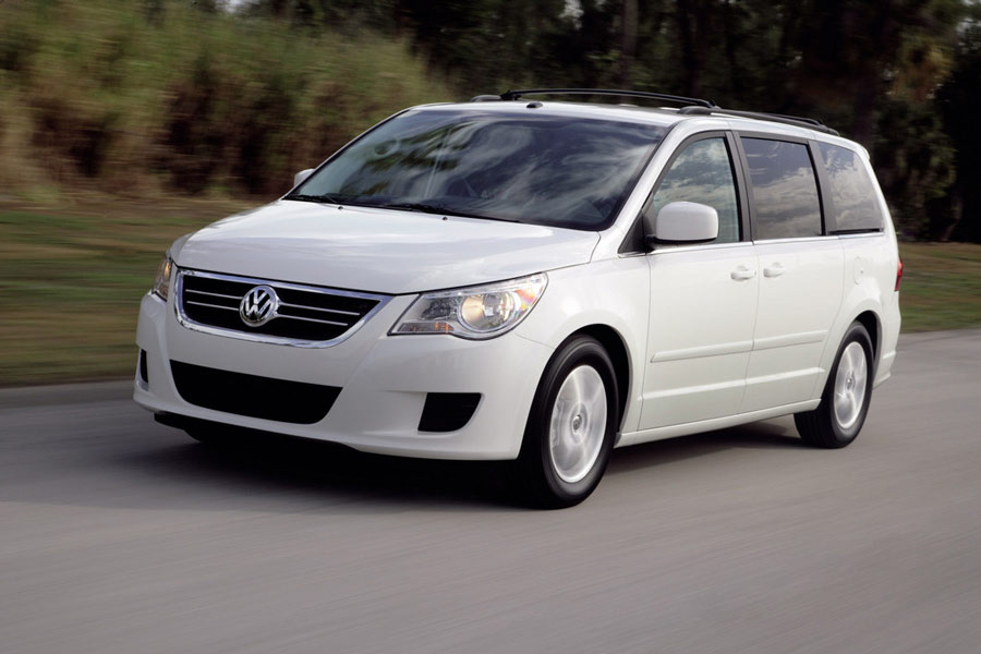 most fuel efficient vans minivans 10 best gas mileage van of 2012. Black Bedroom Furniture Sets. Home Design Ideas