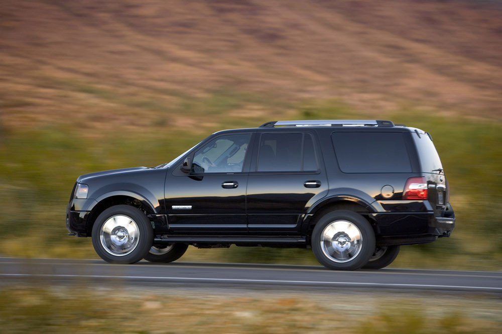 2012 ford expedition review specs pictures price mpg. Black Bedroom Furniture Sets. Home Design Ideas