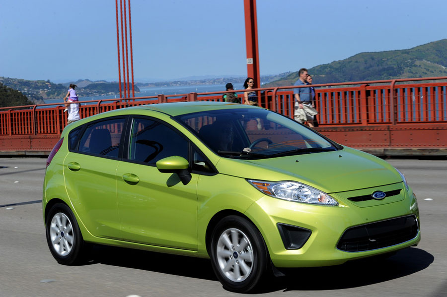 2012 ford fiesta review specs pictures price mpg. Black Bedroom Furniture Sets. Home Design Ideas