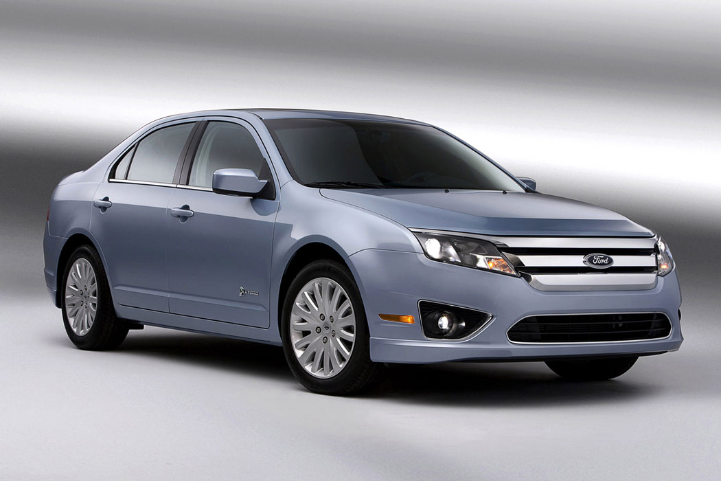2012 ford fusion hybrid review specs pictures price mpg. Black Bedroom Furniture Sets. Home Design Ideas