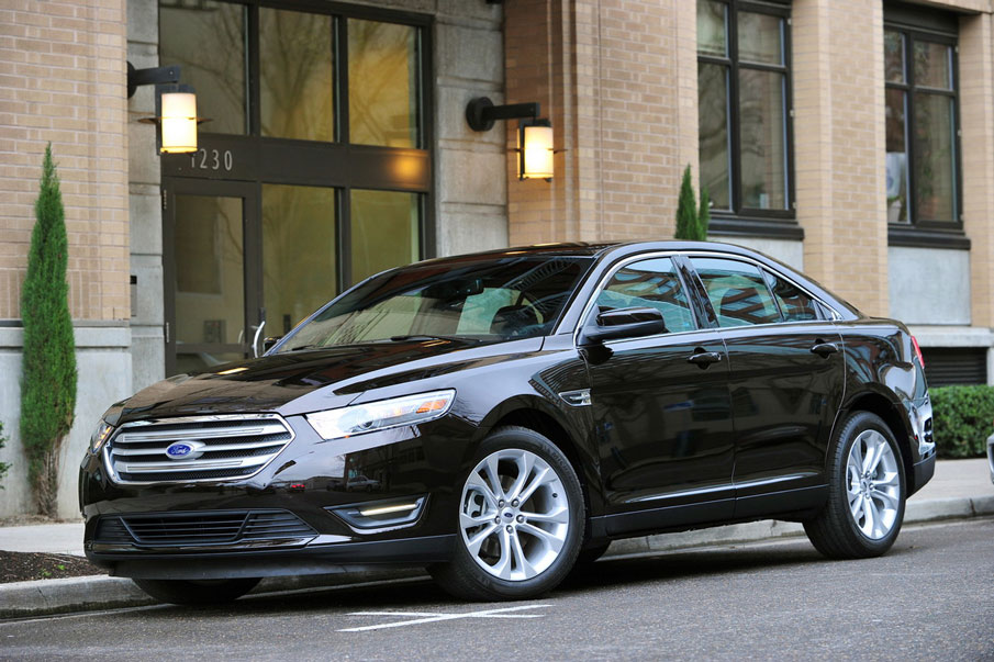 2012 ford taurus review specs pictures price mpg. Black Bedroom Furniture Sets. Home Design Ideas