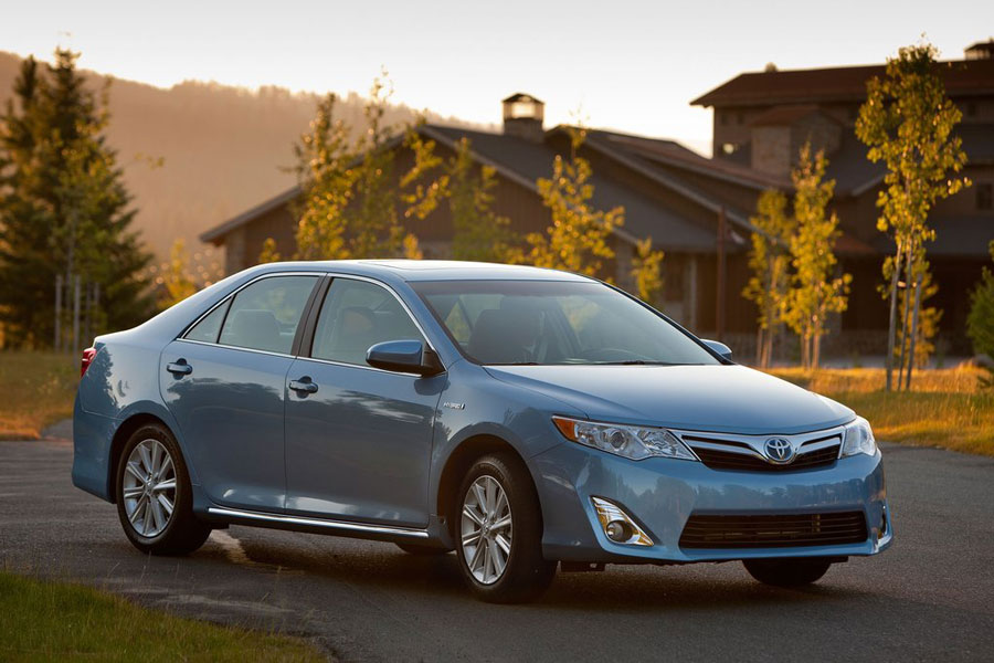 2012 toyota camry hybrid review specs pictures price mpg. Black Bedroom Furniture Sets. Home Design Ideas