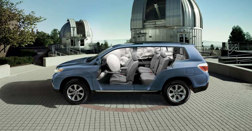 2012 toyota higlander hybrid review specs pictures price mpg. Black Bedroom Furniture Sets. Home Design Ideas