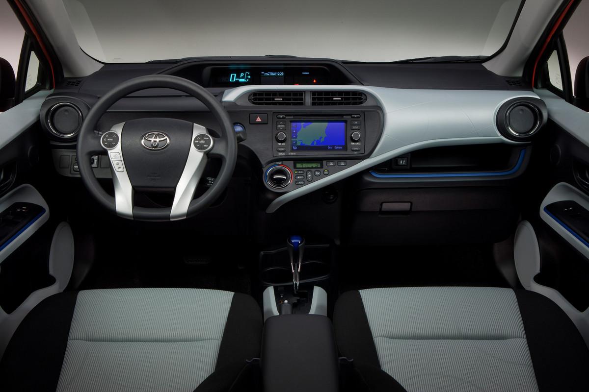 2012 Toyota Prius C Review  Specs  Pictures  Price  U0026 Mpg