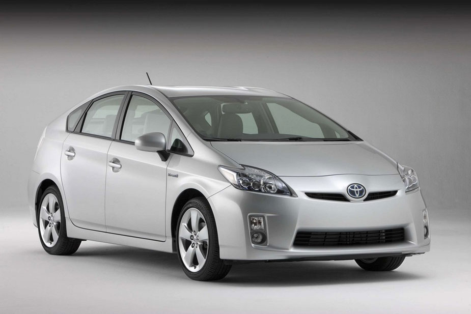 2012 toyota prius review specs pictures price mpg. Black Bedroom Furniture Sets. Home Design Ideas