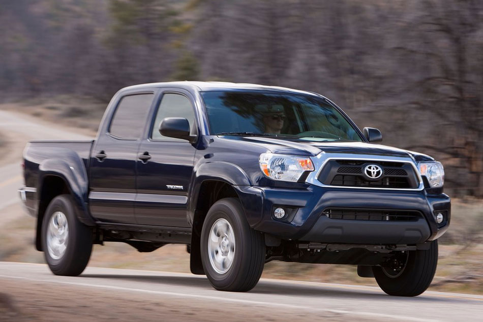 2012 toyota tacoma review specs pictures price mpg. Black Bedroom Furniture Sets. Home Design Ideas