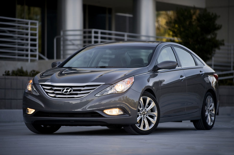 2012 hyundai sonata review specs pictures price mpg. Black Bedroom Furniture Sets. Home Design Ideas