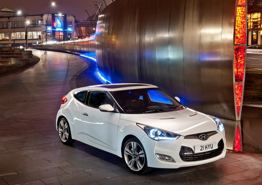 2012 hyundai veloster review specs pictures price mpg. Black Bedroom Furniture Sets. Home Design Ideas