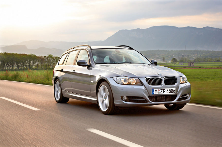 2012 bmw 3 series wagon review specs pictures price mpg. Black Bedroom Furniture Sets. Home Design Ideas