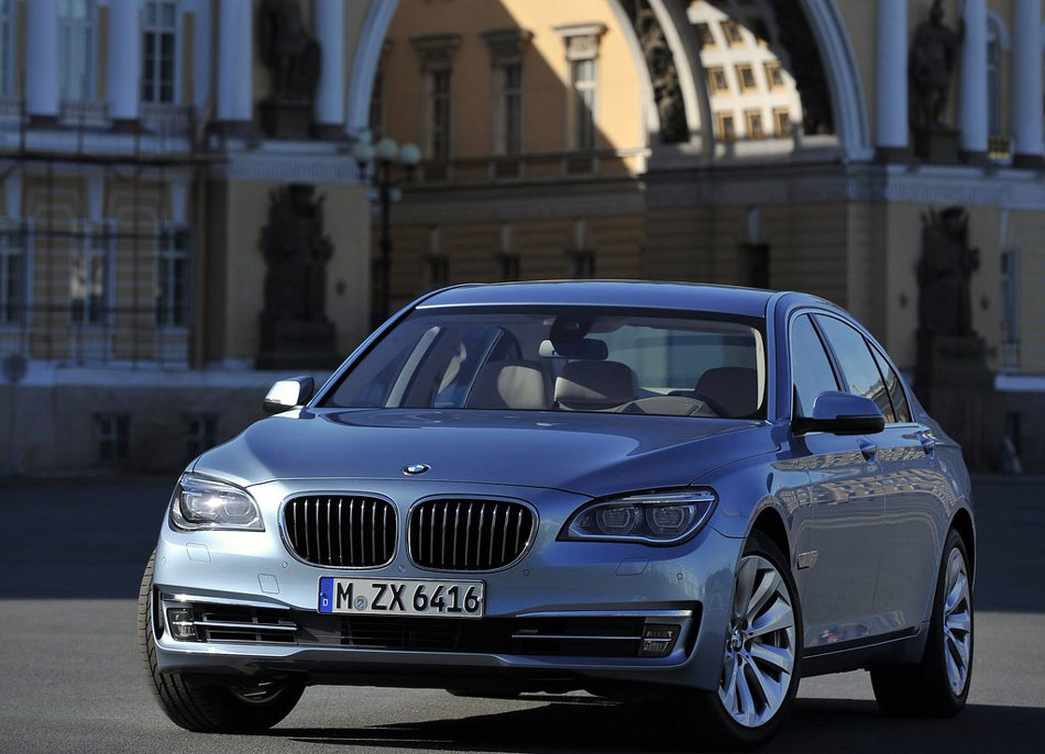 2012 bmw 7 series hybrid review specs pictures price mpg. Black Bedroom Furniture Sets. Home Design Ideas