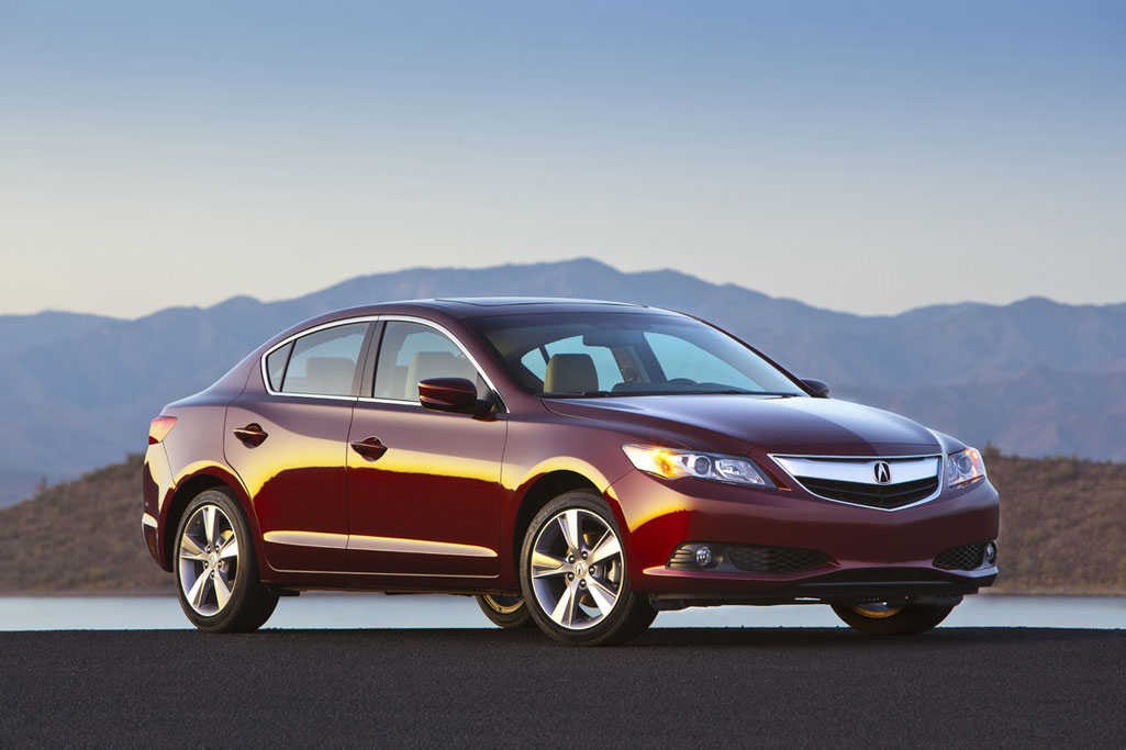 2013 Acura ILX Review, Specs, Pictures, Price & MPG