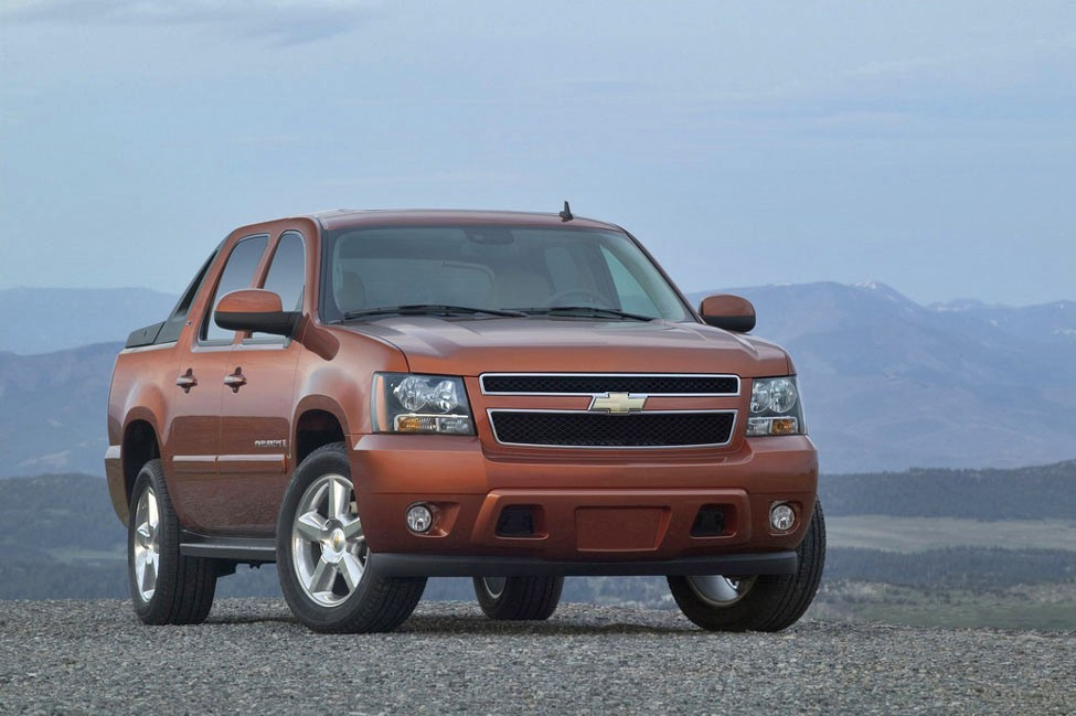 2012 chevrolet avalanche review specs pictures price mpg. Black Bedroom Furniture Sets. Home Design Ideas