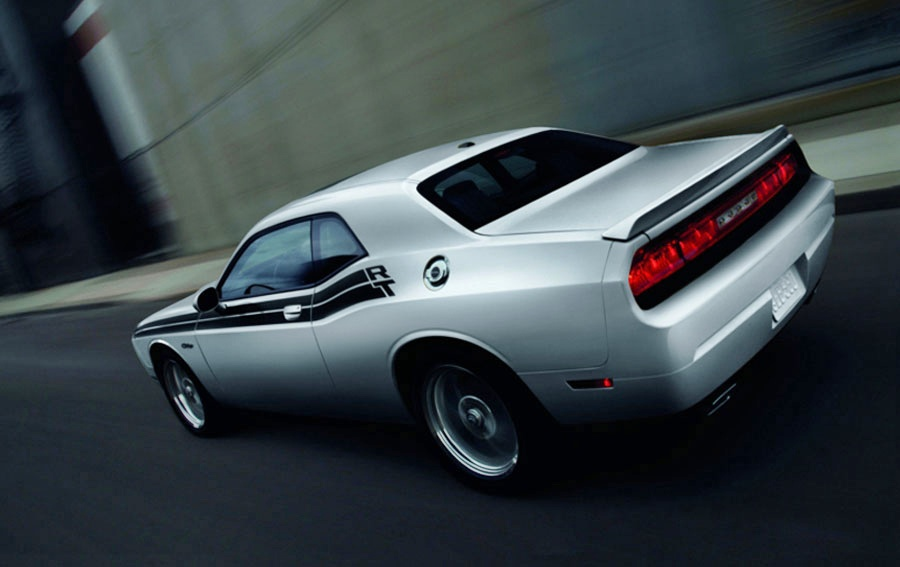 2012 dodge challenger review specs pictures price mpg. Cars Review. Best American Auto & Cars Review