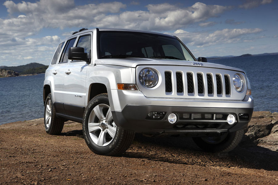 2012 jeep patriot review specs pictures price mpg. Black Bedroom Furniture Sets. Home Design Ideas