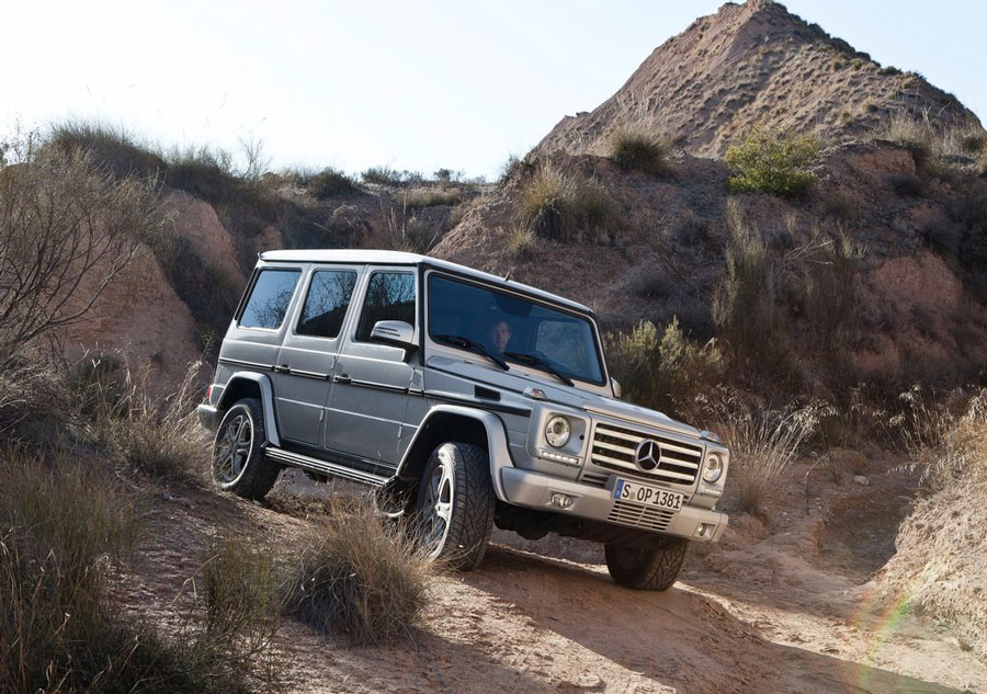 2012 mercedes benz g class review specs pictures mpg for Mercedes benz g class mpg