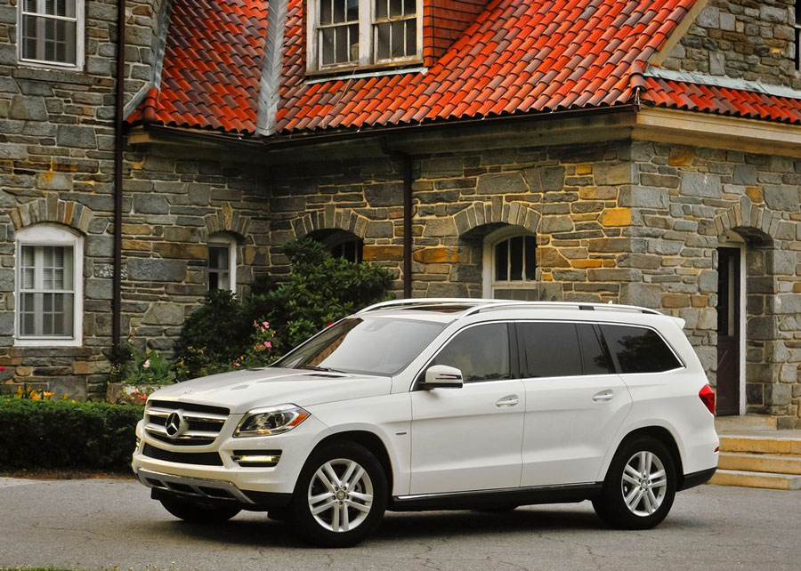 2012 mercedes benz gl class review specs pictures mpg for 2012 mercedes benz gl class