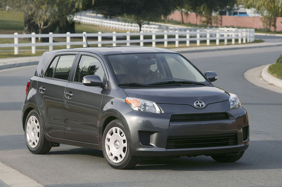 2012 scion xd review specs pictures mpg price. Black Bedroom Furniture Sets. Home Design Ideas