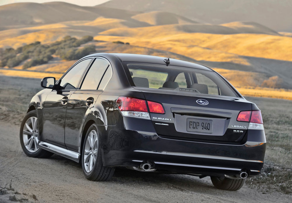 2012 subaru legacy review specs pictures mpg price. Black Bedroom Furniture Sets. Home Design Ideas