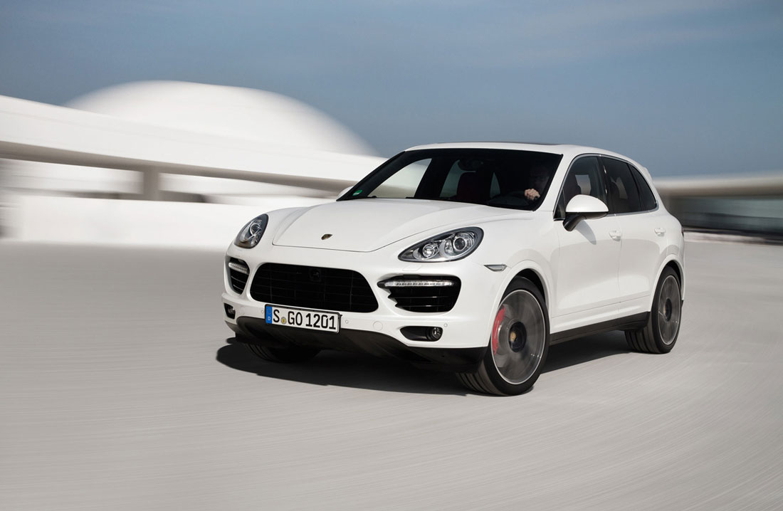 2013 porsche cayenne turbo s review specs pictures 0. Black Bedroom Furniture Sets. Home Design Ideas
