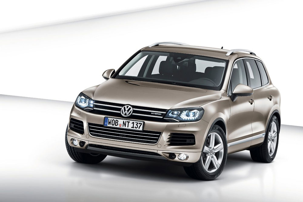 2012 volkswagen touareg hybrid review specs pictures mpg price. Black Bedroom Furniture Sets. Home Design Ideas