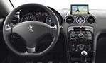 2013-Peugeot-RCZ-Sports-Coupe-cockpit 2