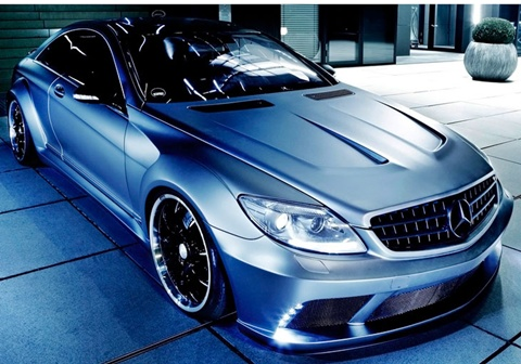 Famous-Parts-Mercedes-Benz-CL63-AMG-Black-Edition-WBKit-parked A