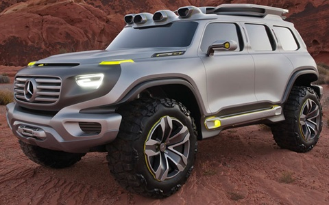 Mercedes-Benz-Ener-G-Force-Concept-making-a-point A