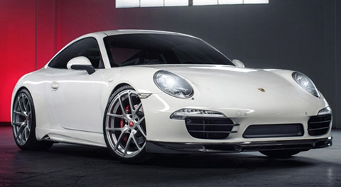 2012-Vorsteiner-Porsche-911-V-GT-in-the-garage A
