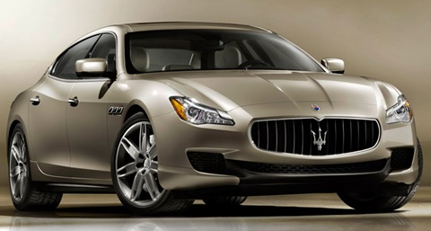 2013-Maserati-Quattroporte-posed A