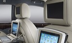 2013-Bentley-Mulsanne-stylin-with-iPads 3