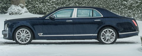 2013-Bentley-Mulsanne-waiting-for-the-master B