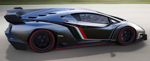 2013-Lamborghini-Veneno-with-Italys-colors B
