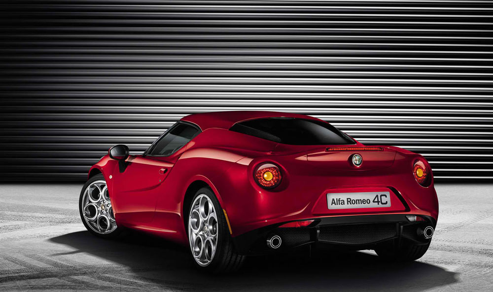 2013 alfa romeo 4c review specs pictures 0 60 time. Black Bedroom Furniture Sets. Home Design Ideas