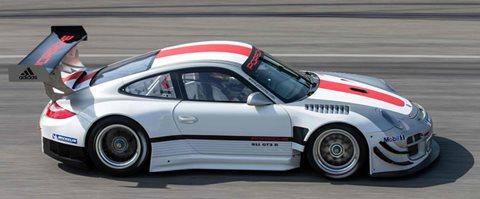 2013-Porsche-911-GT3-R-keep-going B