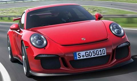2014-Porsche-911-GT3-after-a-hairpin-turn A