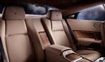 2014-Rolls-Royce-Wraith-seating 1