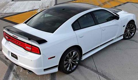 2013-Dodge-Charger-SRT8-392-tarmac C