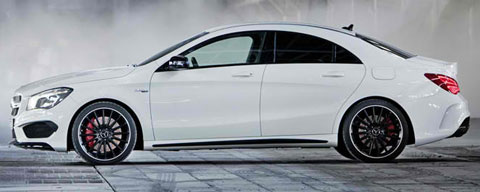2013-Mercedes-Benz-CLA-45-AMG-out-of-the-mist-B