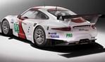 2013-Porsche-911-RSR-whos-behind-this-beast 1