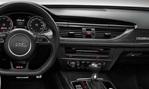 2014-Audi-RS6-cockpit 1