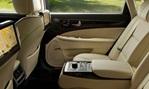 2014-Hyundai-Equus-caveat-to-passengers 2