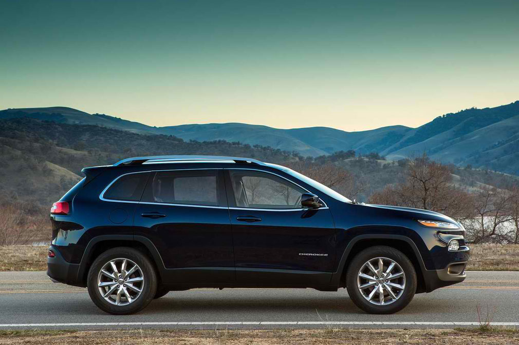 does jeep cherokee 2014 have third autos weblog. Black Bedroom Furniture Sets. Home Design Ideas