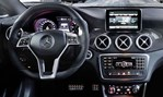 2014-Mercedes-Benz-CLA-45-AMG-cockpit 2
