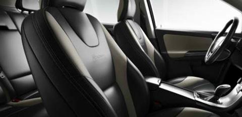 2014-Volvo-XC60-R-Design-Interior C