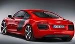 2013-Audi-R8-e-tron-Concept-studio-ly 2