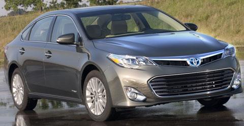 2013-Toyota-Avalon-Hybrid-flashfllod-A